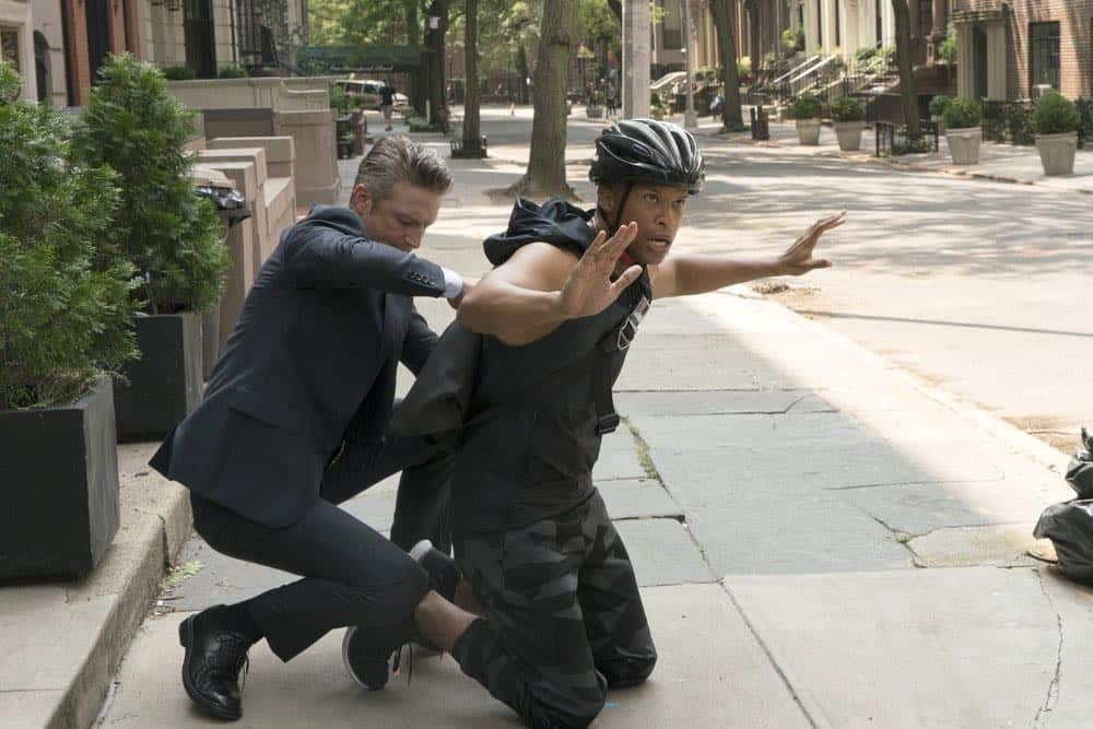 "LAW & ORDER: SPECIAL VICTIMS UNIT -- ""Revenge"" Episode 2004 -- Pictured: (l-r) Peter Scanavino as Dominick ""Sonny"" Carisi, Peterson Townsend as Jake Sanders -- (Photo by: Barbara Nitke/NBC)"