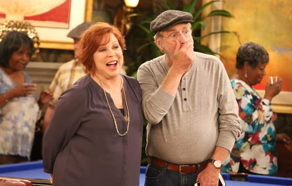 """THE COOL KIDS: L-R: Vicki Lawrence and Martin Mull in the """"A Date With Destiny"""" episode of THE COOL KIDS airing Friday, Oct. 12 (8:30-9:00 PM ET/PT) on FOX. ©2018 Fox Broadcasting Co. Cr: Patrick McElhenney/FOX"""