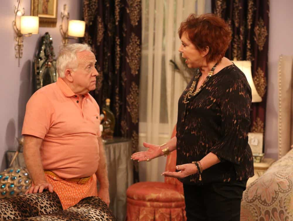 """THE COOL KIDS: L-R: Leslie Jordan and Vicki Lawrence in the """"A Date With Destiny"""" episode of THE COOL KIDS airing Friday, Oct. 12 (8:30-9:00 PM ET/PT) on FOX. ©2018 Fox Broadcasting Co. Cr: Patrick McElhenney/FOX"""