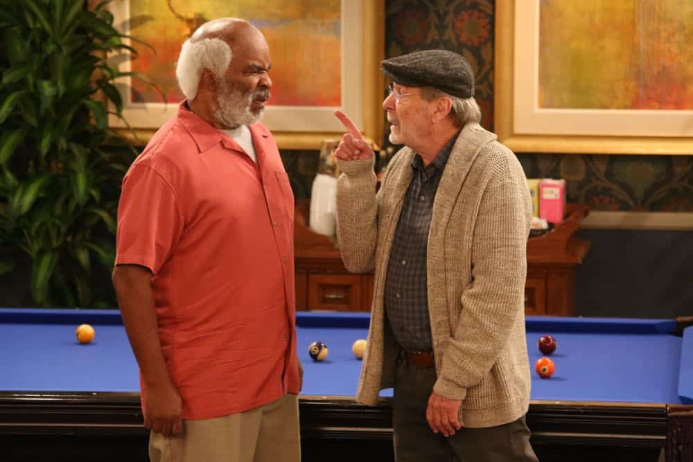 """THE COOL KIDS: L-R: David Alan Grier and Martin Mull in the """"A Date With Destiny"""" episode of THE COOL KIDS airing Friday, Oct. 12 (8:30-9:00 PM ET/PT) on FOX. ©2018 Fox Broadcasting Co. Cr: Patrick McElhenney/FOX"""