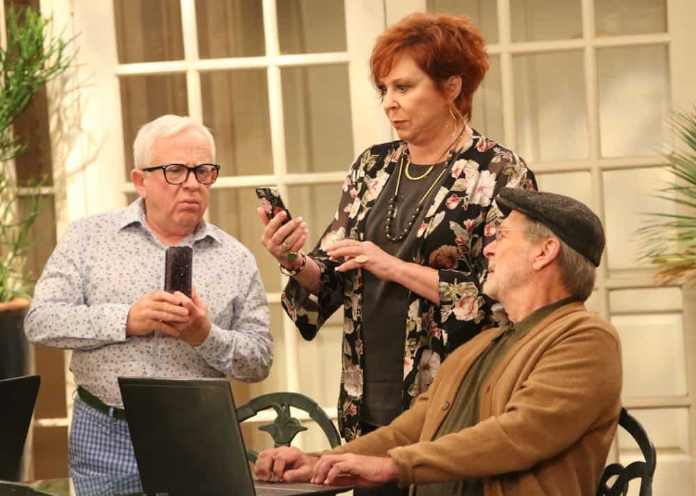 """THE COOL KIDS: L-R: Leslie Jordan, Vicki Lawrence and Martin Mull in the """"A Date With Destiny"""" episode of THE COOL KIDS airing Friday, Oct. 12 (8:30-9:00 PM ET/PT) on FOX. ©2018 Fox Broadcasting Co. Cr: Patrick McElhenney/FOX"""
