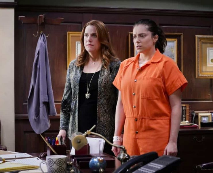"Crazy Ex Girlfriend -- ""I Want To Be Here"" -- Image Number: CEG401a_0169.jpg -- Pictured (L-R): Donna Lynne Champlin as Paula and Rachel Bloom as Rebecca -- Photo: Robert Voets/The CW -- © 2018 The CW Network, LLC All Rights Reserved."