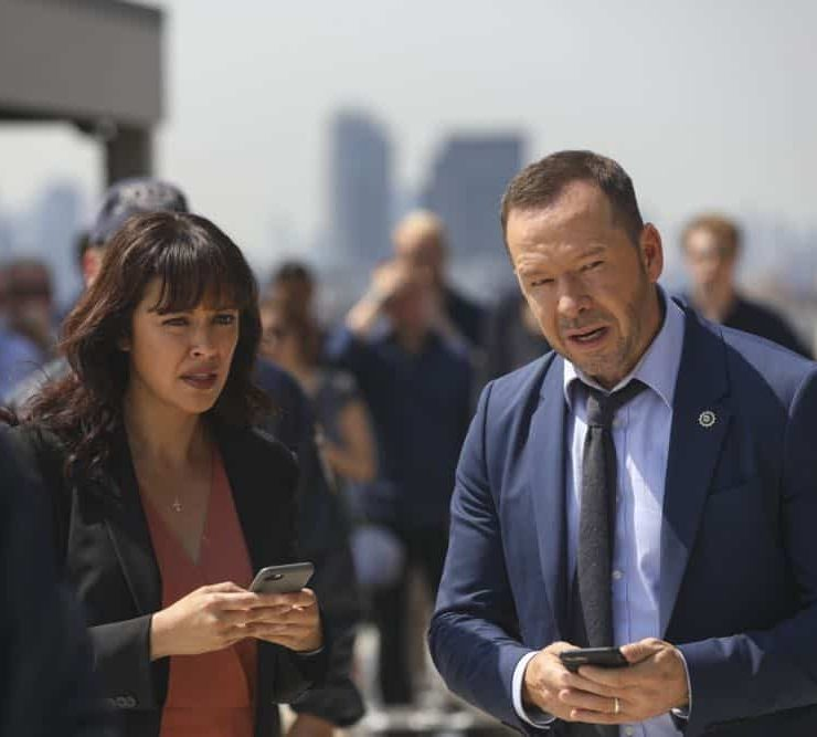 """Mind Games"" While investigating a case involving a woman who shot her husband while she was drunk, Danny's instincts tell him there is more to the story. Also, Anthony ignores Erin's orders to drop an assault case; Frank holds an emergency drill for his inner circle; and Jamie and Eddie navigate their changing work-life dynamic, on BLUE BLOODS, Friday, Oct. 12 (10:00-11:00 PM, ET/PT) on the CBS Television Network. Pictured: Marisa Ramirez, Donnie Wahlberg Photo: Craig Blankenhorn/CBS ©2018CBS Broadcasting Inc. All Rights Reserved."