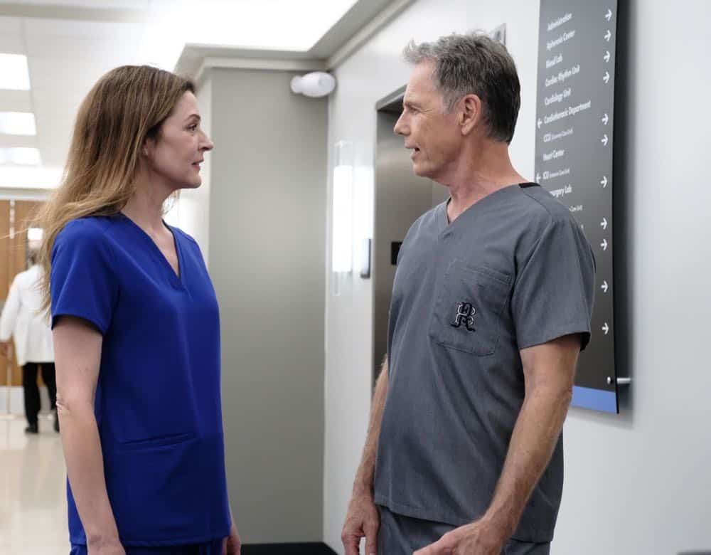 "THE RESIDENT:  L-R:  Jane Leeves and Bruce Greenwood in the ""About Time"" episode of THE RESIDENT airing Monday, Oct. 15 (8:00-9:00 PM ET/PT) on FOX. ©2018 Fox Broadcasting Co. Cr:  Guy D'AlemaFOX."