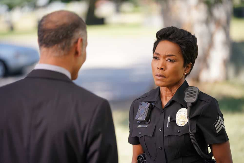 "9-1-1: L-R: Guest star Mark Damon Espinoza and Angela Bassett in the ""Awful People"" episode of 9-1-1 airing Monday, Oct. 15 (9:00-10:00 PM ET/PT) on FOX. © 2018 FOX Broadcasting. CR: Tyler Golden / FOX."
