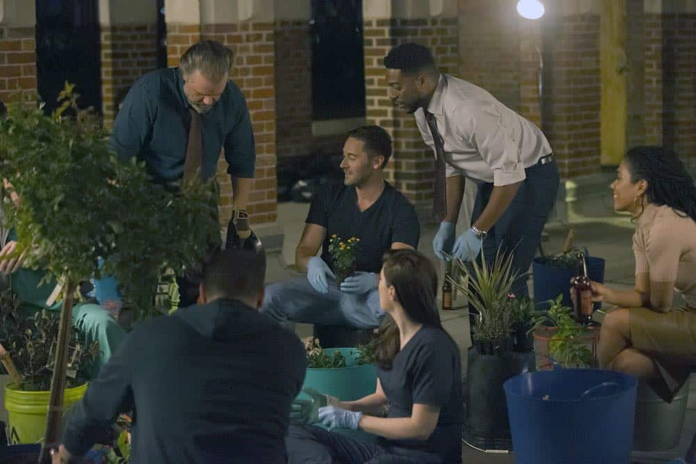 "NEW AMSTERDAM -- ""Boundaries"" Episode 104 -- Pictured: (l-r) Tyler Labine as Dr. Iggy Frome, Ryan Eggold as Dr. Max Goodwin, Janet Montgomery as Dr. Lauren Bloom, Jocko Sims as Dr. Floyd Reynolds, Freema Agyeman as Dr. Helen Sharpe -- (Photo by: Francisco Roman/NBC)"