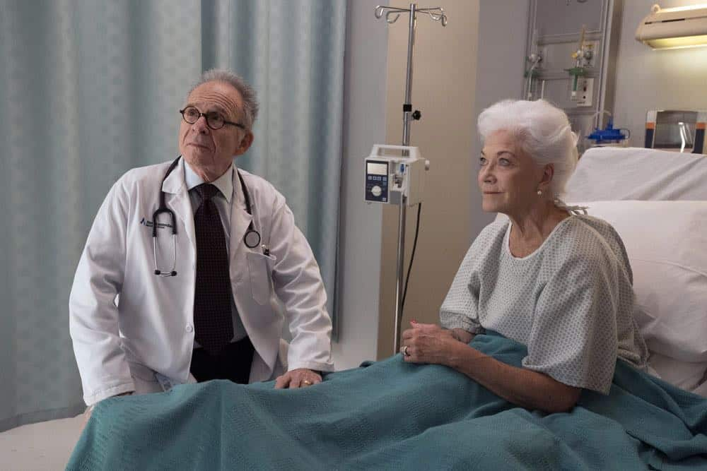 "NEW AMSTERDAM -- ""Boundaries"" Episode 104 -- Pictured: (l-r) Ron Rifkin as Dean Peter Fulton, Linda Thorson as Denise Monaghan -- (Photo by: Virginia Sherwood/NBC)"