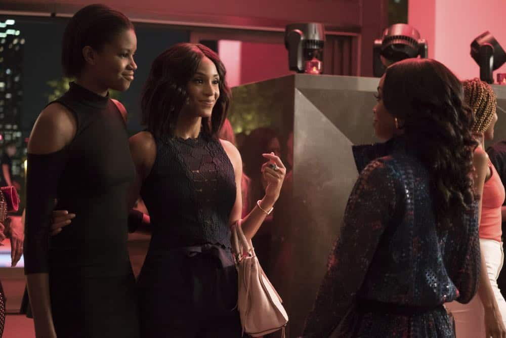 "Black Lightning -- ""The Book Of Consequences: Chapter Two: Black Jesus Blues"" -- Image BLK202b_0022b.jpg -- Pictured (L-R): Shein Mompremier as Chenoa and Nafessa Williams as Anissa -- Photo: Annette Brown/The CW -- © 2018 The CW Network, LLC. All rights reserved"