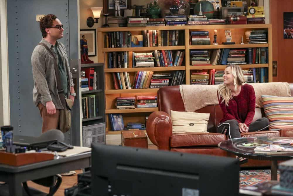 """The Planetarium Collision"" -- Pictured: Leonard Hofstadter (Johnny Galecki) and Penny (Kaley Cuoco). When Amy doesn't have time to work on super-asymmetry, Sheldon goes to great lengths to ensure she's available to work with him even it if means accidentally sabotaging her career in the process. Also, Koothrappali doesn't want Wolowitz to join him in hosting a show at the planetarium, on THE BIG BANG THEORY, Thursday, Oct. 18 (8:00-8:31 PM, ET/PT) on the CBS Television Network. Emmy Award winner Bob Newhart returns as Arthur Jeffries. Photo: Michael Yarish/Warner Bros. Entertainment Inc. © 2018 WBEI. All rights reserved."