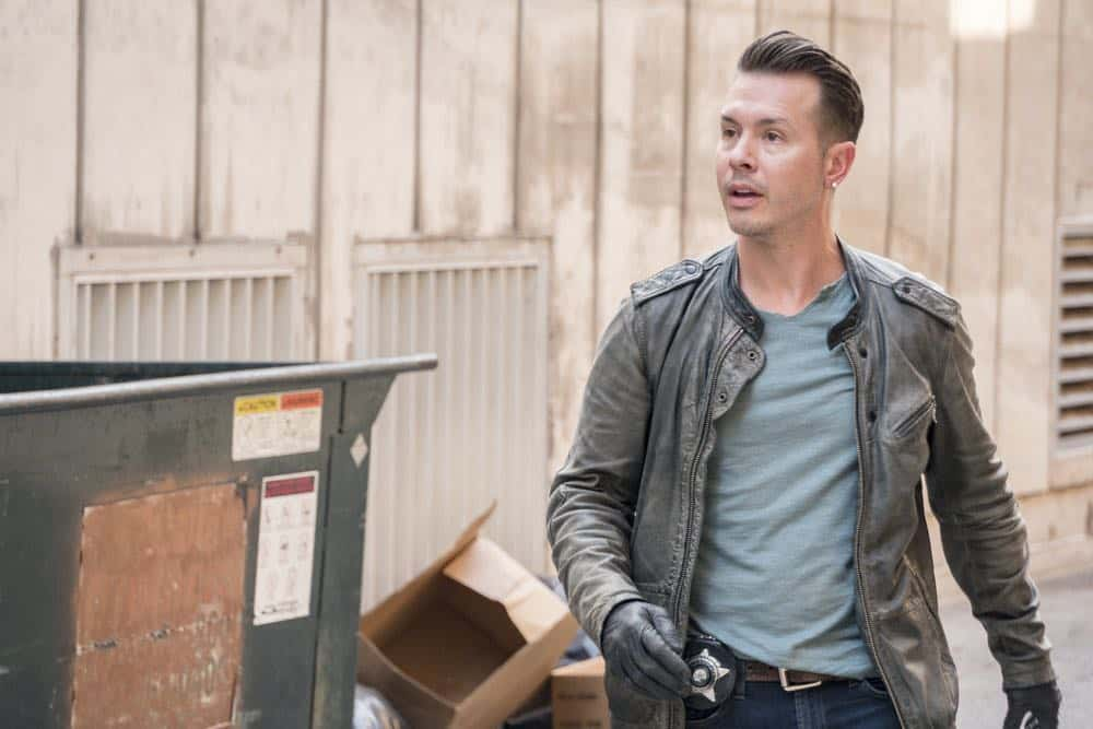"CHICAGO P.D. -- ""Ride Along"" Episode 604 -- Pictured: Jon Seda as Antonio Dawson -- (Photo by: Matt Dinerstein/NBC)"