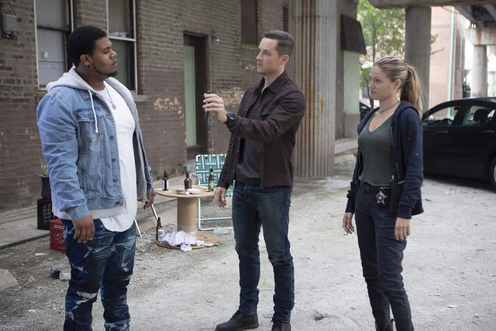 "CHICAGO P.D. -- ""Ride Along"" Episode 604 -- Pictured: (l-r) Nathaniel Williams as Bernardo Garcia, Jesse Lee Soffer as Jay Halstead, Tracy Spiridakos as Hailey Upton -- (Photo by: Adrian Burrows/NBC)"