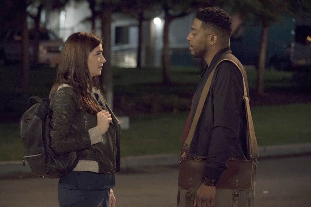 """NEW AMSTERDAM -- """"Cavitation"""" Episode 105 -- Pictured: (l-r) Janet Montgomery as Dr. Lauren Bloom, Jocko Sims as Dr. Floyd Reynolds -- (Photo by: Virginia Sherwood/NBC)"""