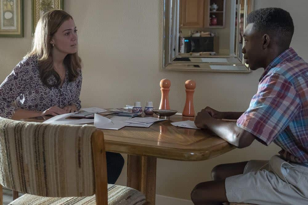 "THIS IS US -- ""Toby"" Episode 305 -- Pictured: (l-r) Mandy Moore as Rebecca Pearson, Niles Fitch as Teenage Randall -- (Photo by: Ron Batzdorff/NBC)"