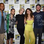 Arrow Cast San Diego Comic Con 2019