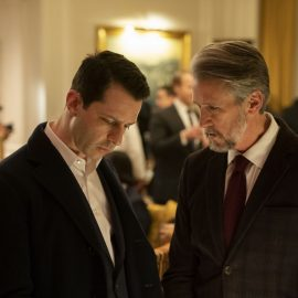 Succession Season 2, episode 2 (debuts 8/18/19): Jeremy Strong, Alan Ruck. photo: Peter Kramer/HBO