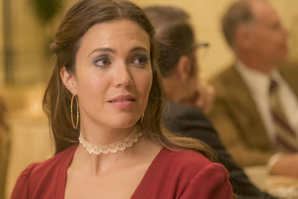 """THIS IS US -- """"Strangers"""" Episode 401 -- Pictured: Mandy Moore as Rebecca -- (Photo by: Ron Batzdorff/NBC)"""