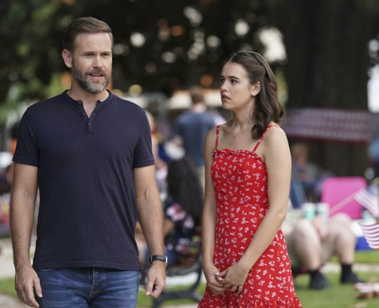 """Legacies -- """"I'll Never Give Up Hope"""" -- Image Number: LGC201a_0313b.jpg -- Pictured (L-R): Matthew Davis as Alaric and Kaylee Bryant as Josie -- Photo: Quantrell Colbert/The CW -- © 2019 The CW Network, LLC. All rights reserved."""
